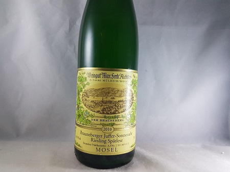 Max Ferd Richter Brauenberger-Juffer-Sonnenuhr Riesling Spatlese 2010